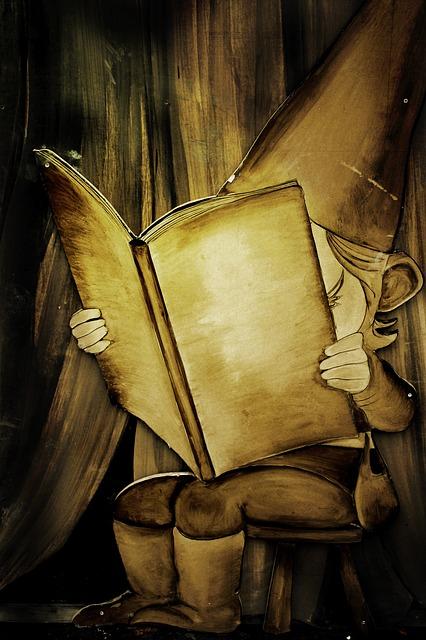 duende leyendo cuentos infantiles